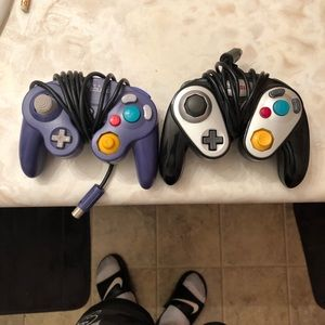 gamecube controllers